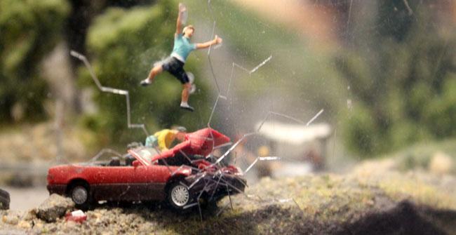 Modelspoor tafereel - auto ongeluk