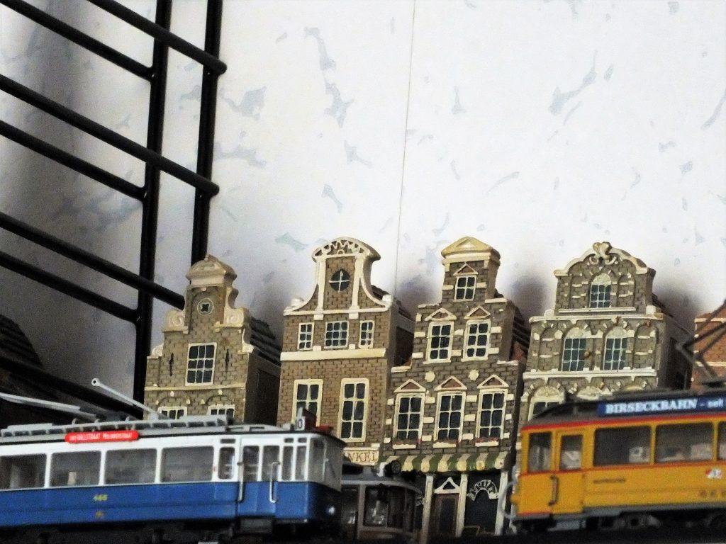 Atlas tram dummy 1